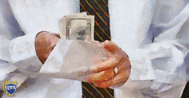 Роструд заглянет в конверты с зарплатой